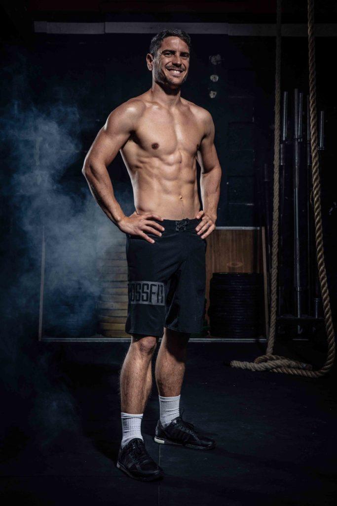 Antoine, coach à CrossFit War Machine debout